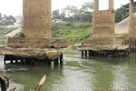 Phú Thọ: Cầu Đoan Hùng sắp sập?