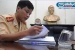 """Video: CSGT HN trả lời báo chí vụ """"bán giấy phép xe vào đường cấm"""""""