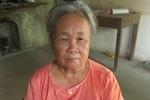"""Video: Bà ngoại nạn nhân nhảy lầu tố CA Ninh Bình """"ép bà điểm chỉ"""""""