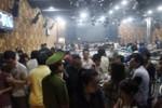 Bar lớn nhất Q.Tân Bình bị kiểm tra, hơn 300 'dân chơi' tháo chạy
