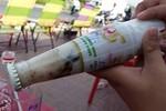 Sữa đậu nành Soya Number 1 có dị vật: Đề nghị cơ quan chức năng vào cuộc