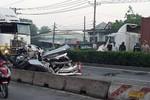 Chủ tịch TP.HCM: Phải khởi tố ngay vụ tai nạn làm 5 người chết thương tâm