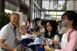Hơn 2.000 học sinh tham dự ngày hội tư vấn tuyển sinh tại Đại học Hoa Sen
