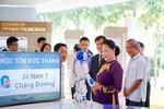 Chủ tịch Quốc hội tặng 20 suất học bổng cho sinh viên Đại học Tôn Đức Thắng