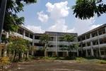 Bên trong trường học trị giá gần 20 tỷ đồng bỏ hoang