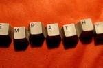 """Về đề thi môn Ngữ văn năm nay: """"Thấu cảm"""" hay """"Đồng cảm""""?"""