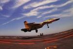 TQ bắt đầu bàn nhiều về tiêm kích J-15 trên tàu sân bay Liêu Ninh