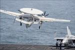 """Máy bay cảnh báo sớm thế hệ 2 TQ """"muốn phân cao thấp"""" với E2 của Mỹ"""