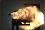 Mỹ: Linh kiện máy bay F-35 rạn nứt, pháo điện từ tiến triển mới