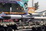 Iran năm 2016 sẽ sản xuất tên lửa phòng không mới vượt S-300 Nga?