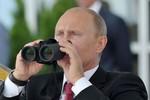 Ông Putin rất sùng bái Peter đại đế, quyết phát triển sức mạnh quân sự