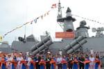 Trung Quốc bành trướng Biển Đông, lo sợ Việt Nam mạnh lên