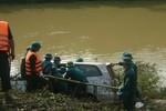 Vụ ôtô bị nước cuốn, 5 người mất tích: Tiếng gào thét nơi Khe Ang