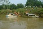 Khởi tố tài xế vụ xe 7 chỗ bị lũ cuốn làm 5 người tử vong tại Khe Ang
