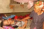 Nghệ An: Cán bộ bớt cả tiền lẫn gạo cứu đói của dân nghèo