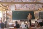 Chuyện lạ ở Nghệ An: Trường chuẩn Quốc gia phải ra học trường tạm bợ