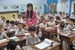 Một ngày làm việc của giáo viên Tiểu học quê tôi