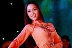 Chùm ảnh: Lộng lẫy đêm chung kết Miss ĐH Kinh doanh Công nghệ