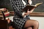 Bộ GD&ĐT lên tiếng về quy định cấm giáo viên mặc váy tới trường