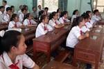 Hơn 300 học sinh miền núi được tặng sách điện tử