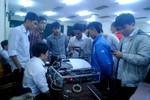 5 sinh viên Việt Nam chế tạo thành công máy in 3D