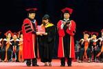Gần 100 sinh viên được tuyển dụng ngay tại lễ tốt nghiệp