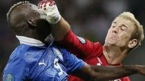 Chùm ảnh hài hước của Balotelli trong trận Anh - Italia