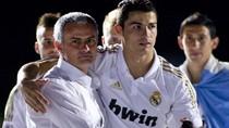 Mourinho: Tôi chẳng bận tâm chuyện Ronaldo 'bỗng dưng buồn'