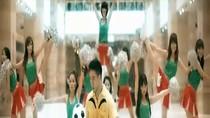 Tâng bóng nghệ thuật hòa quyện cùng Gangnam Style ở Việt Nam
