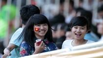 Nhan sắc Việt trên khán đài giải U21 Quốc tế Báo Thanh Niên