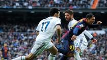 Tranh cãi: Trọng tài đã 'giúp' Real hạ Barca?