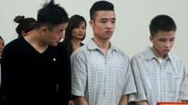 Hà Nội: Đi chơi với hai người bạn trai, thiếu nữ bị hãm hiếp tập thể