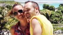 Vợ chồng Iniesta hạnh phúc giữa thành phố cổ