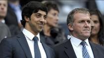 'Sắp' nghèo, Man City không dám sa thải Mancini