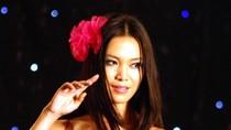Hoa hậu Ngọc Hân, Thùy Dung thay nhau làm vedette