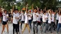 Giới trẻ Hà Nội tập nhảy Gangnam lập kỷ lục Việt Nam