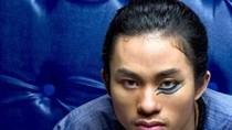 Ca sĩ quái nhất Việt Nam khiến đồng nghiệp 'muốn về nhà bán bún'