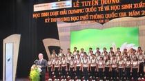 Chủ tịch Quốc hội: Con đường học sinh giỏi thành nguyên khí quốc gia còn xa lắm