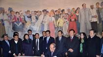 Chủ tịch Quốc hội Nguyễn Sinh Hùng thăm tỉnh Hồ Nam, Trung Quốc
