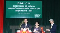 Chủ tịch nước Trần Đại Quang bỏ phiếu bầu cử tại quận Thanh Xuân