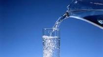 Tại sao không nên uống nước đun sôi nhiều lần?