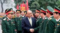 Thủ tướng kiểm tra công tác ứng trực tại Bộ Tư lệnh Thủ đô Hà Nội