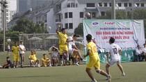 Giao lưu bóng đá, thắm tình đồng hương