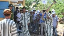 Rùng mình tín dụng đen trong trại:Vay tiền mua 'mâm', thế mạng trả lãi