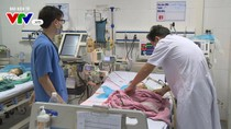 Cháu bé bị nhầm thuốc uống thành tiêm ở Đông Anh đã qua đời