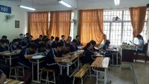 Nhiều trường trung học ở TP.Hồ Chí Minh trả lại tiền học hè cho học sinh khối 10