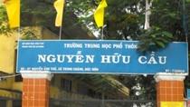 Hiệu trưởng Trường Nguyễn Hữu Cầu lý giải việc 'cãi lệnh', dạy hè cho lớp 10