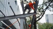 Saigon Center bị phạt gần 60 triệu đồng và cưỡng chế tháo dỡ vi phạm