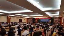 Làm sao để giáo viên ở Thành phố Hồ Chí Minh có thể sống bằng lương?