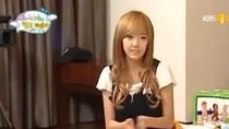 Kiểu ngồi kì lạ của Jessica (SNSD): Vì... váy quá ngắn?